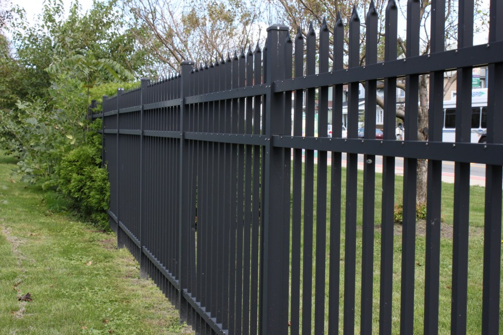 Armor Fence Company Professional Fence Installation